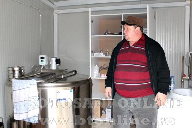 Vlasinesti, centru de colectare a laptelui (7)