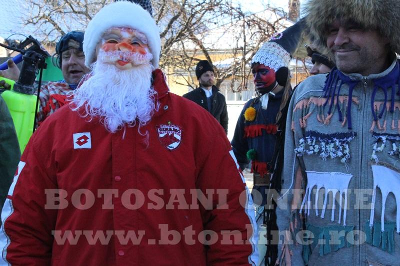 Vorona, traditii, datini si obiceiuri 31 decembrie 2015  (15)