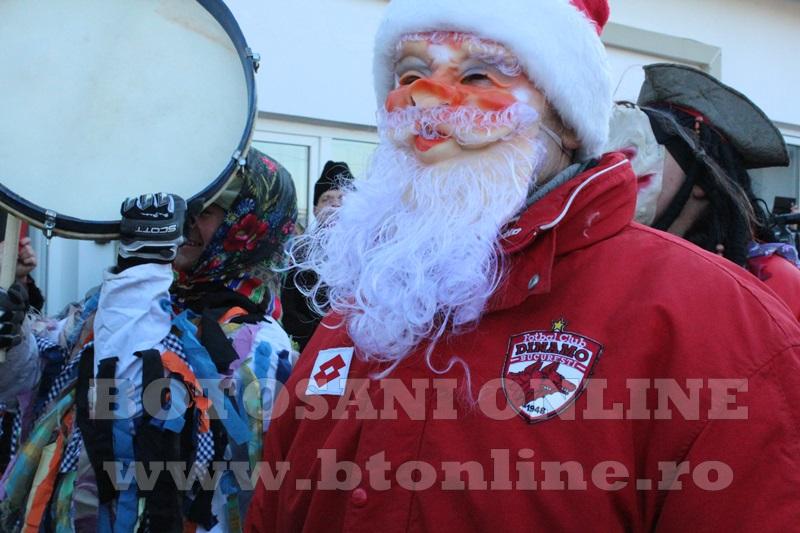 Vorona, traditii, datini si obiceiuri 31 decembrie 2015  (17)