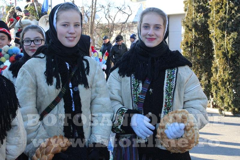 Vorona, traditii, datini si obiceiuri 31 decembrie 2015  (27)
