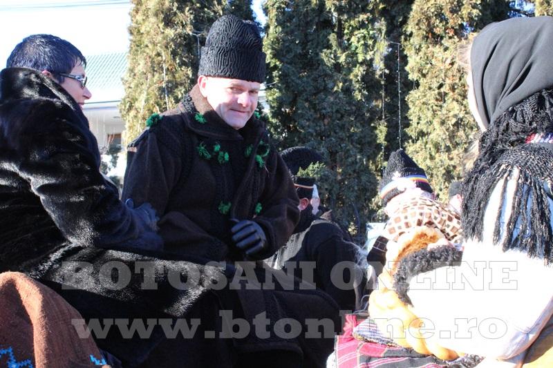 Vorona, traditii, datini si obiceiuri 31 decembrie 2015  (28)