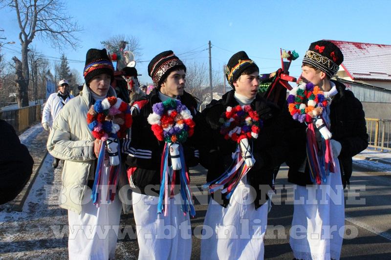 Vorona, traditii, datini si obiceiuri 31 decembrie 2015  (3)