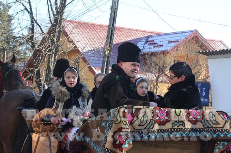 Vorona, traditii, datini si obiceiuri 31 decembrie 2015  (34)