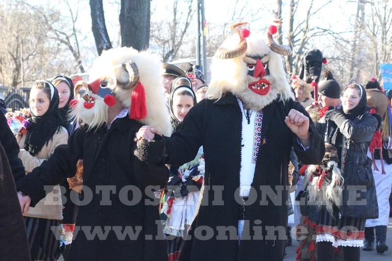 Vorona, traditii, datini si obiceiuri 31 decembrie 2015  (35)