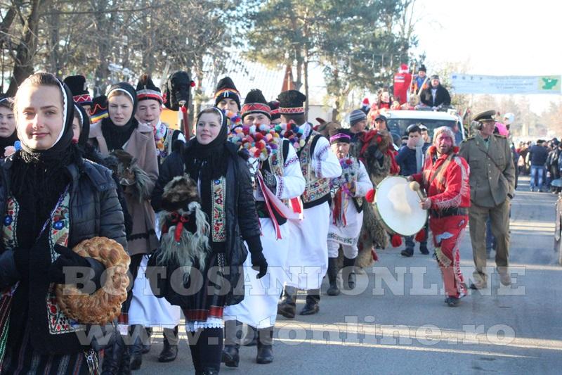 Vorona, traditii, datini si obiceiuri 31 decembrie 2015  (40)