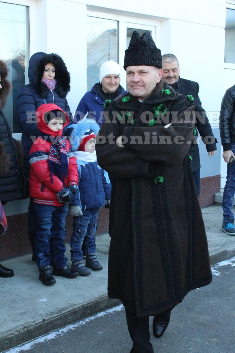 Vorona, traditii, datini si obiceiuri 31 decembrie 2015  (7)