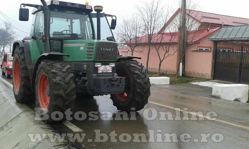 accident oraseni, tractor, dacia logan (6)