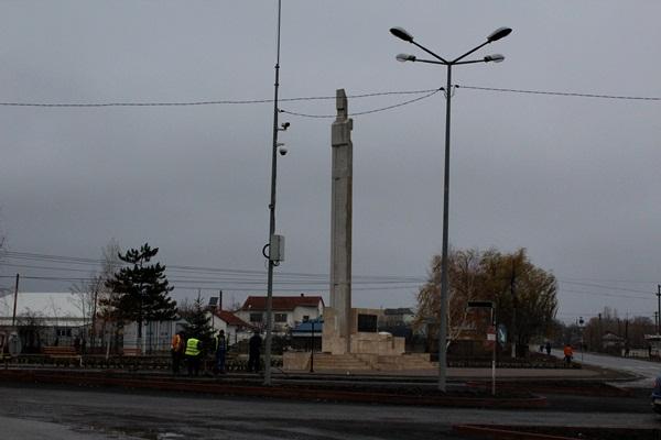 flamanzi, monument (2)