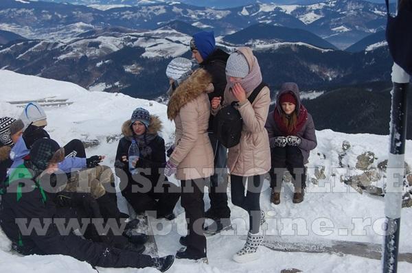 Asociatia sportul pentru toti, actiune la munte (7)