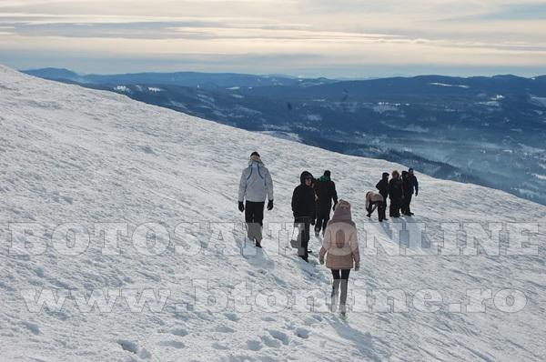 Asociatia sportul pentru toti, actiune la munte (9)
