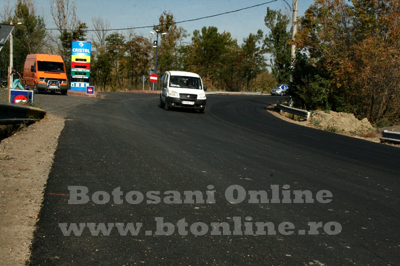 Saveni, drum asfaltat (2)