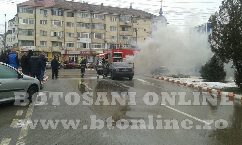 masina incendiu botosani (2)