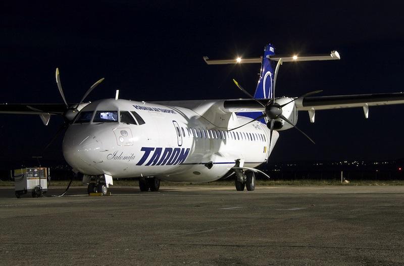 tarom avion