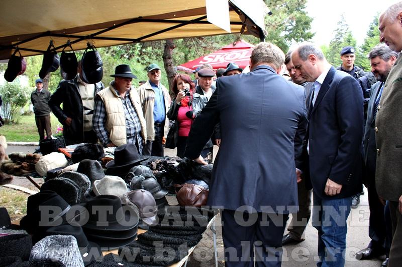 Targ Popauti, ministrul agriculturii (14)