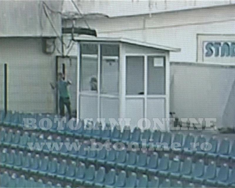 distrugeri stadion, tribuna vip (12)