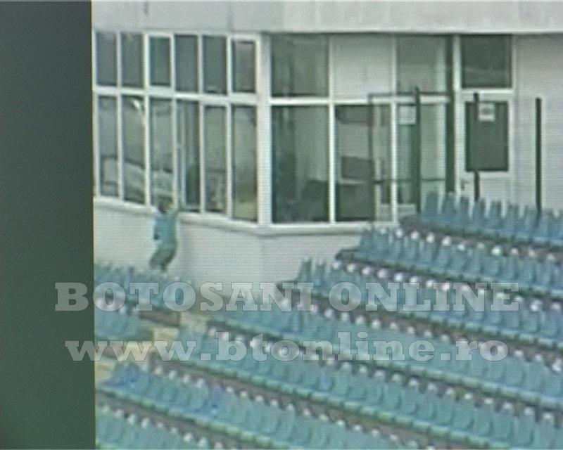 distrugeri stadion, tribuna vip (8)