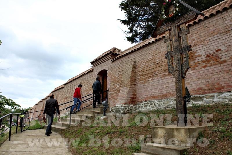 manastirea cosula, sfintire (65)