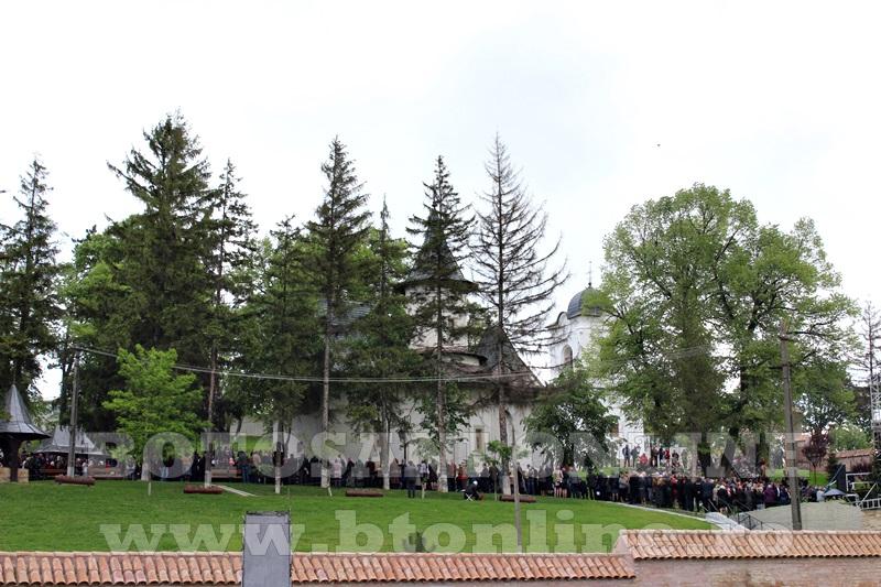 manastirea cosula, sfintire (69)