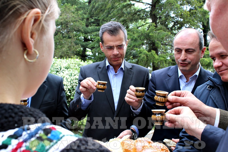 targ popauti, ministru (2)