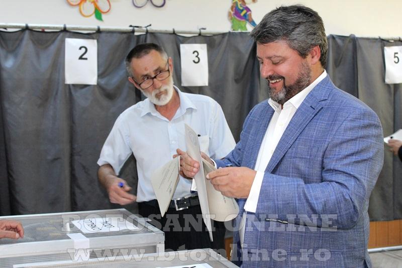 sorescu la vot (7)