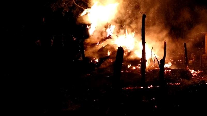 incendiu furaje noaptea1