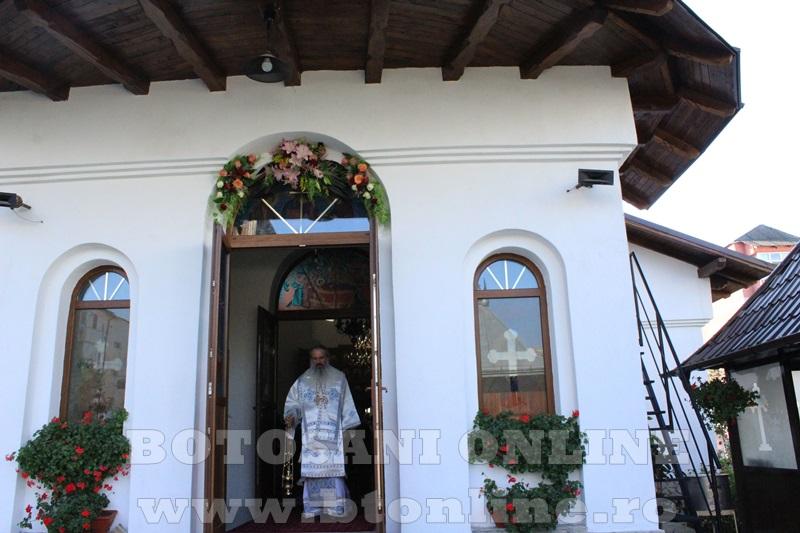 sfintire biserica cartie rotunda botosani (12)
