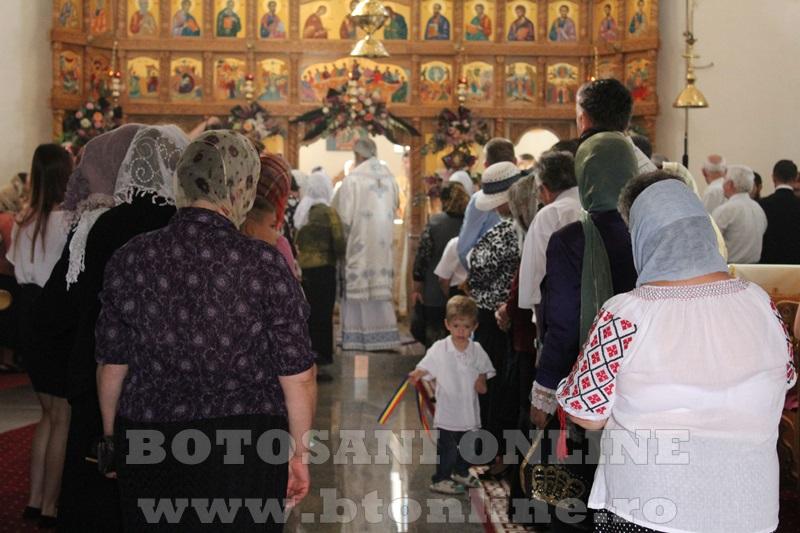 sfintire biserica cartie rotunda botosani (15)