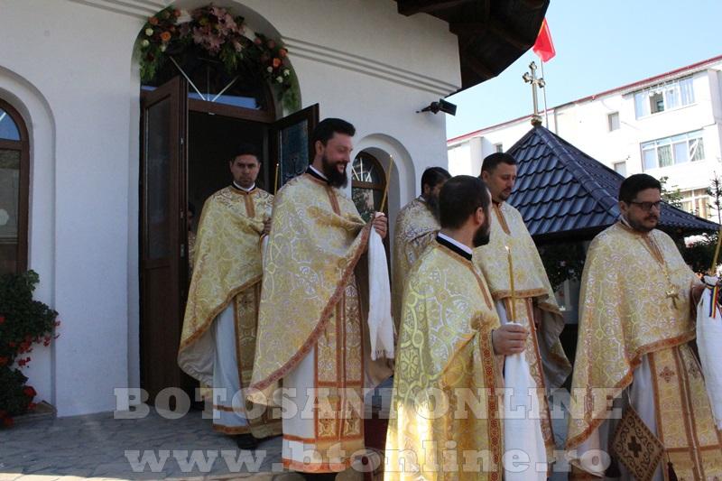 sfintire biserica cartie rotunda botosani (28)