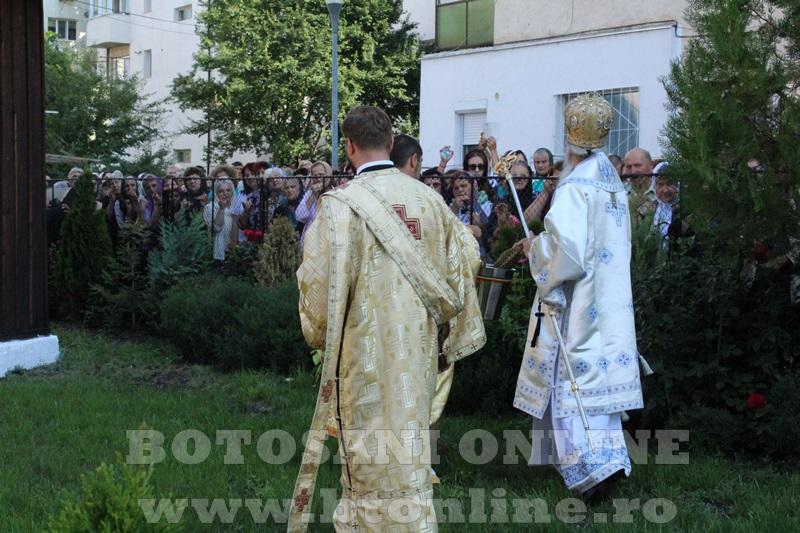 sfintire biserica cartie rotunda botosani (36)