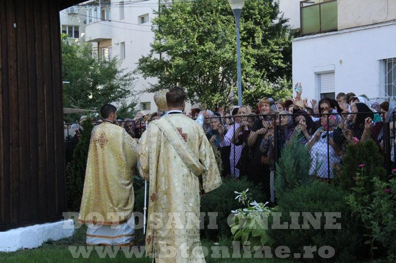 sfintire biserica cartie rotunda botosani (38)
