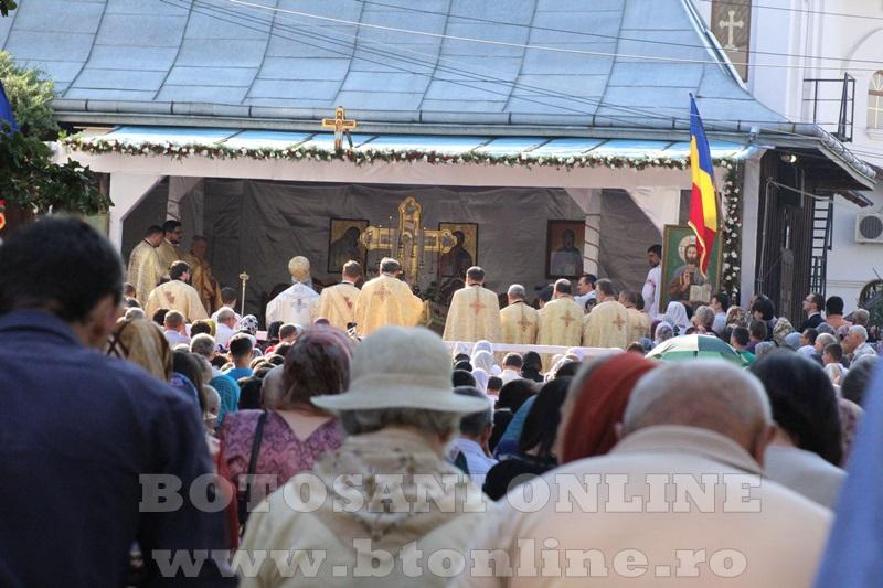 sfintire biserica cartie rotunda botosani (48)