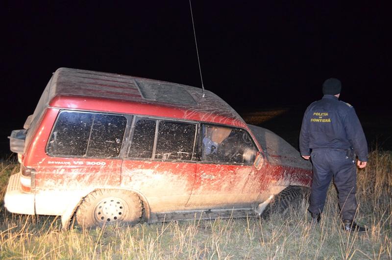 politia-de-frontiera-jeep-abandonat