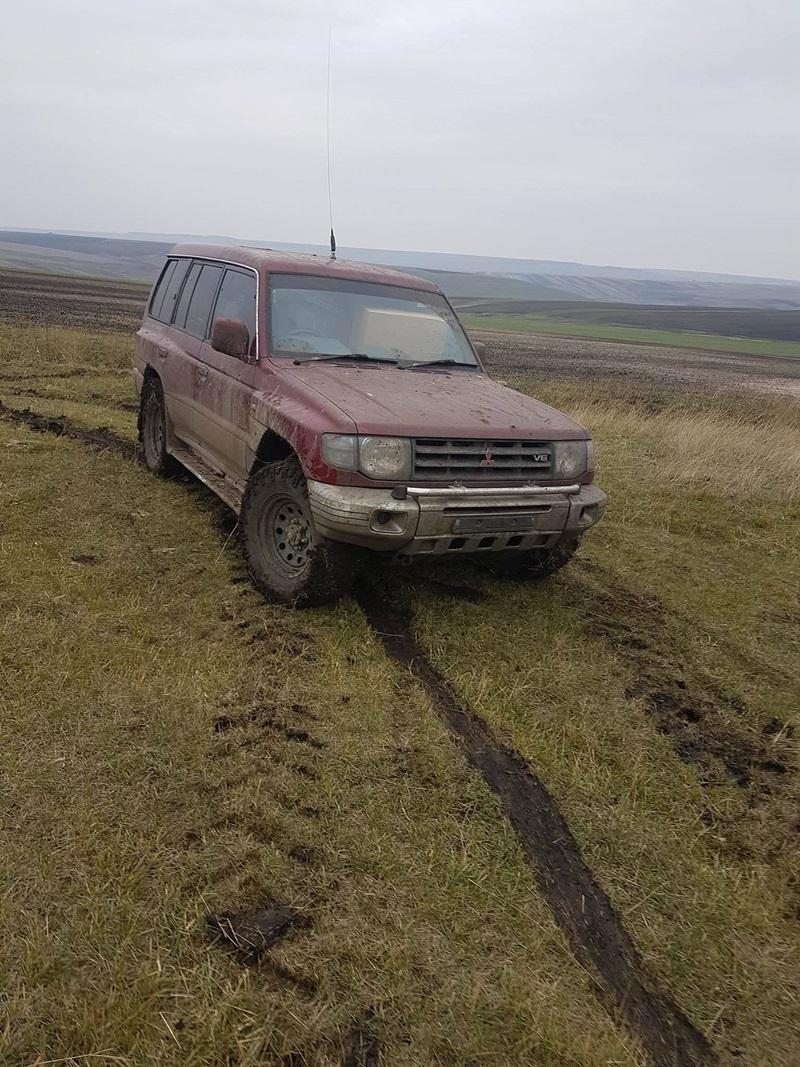 politia-de-frontiera-jeep-abandonat3