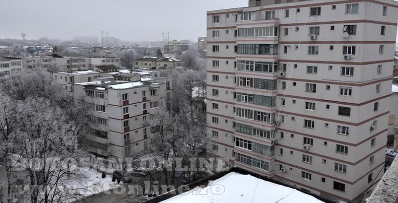blocuri iarna