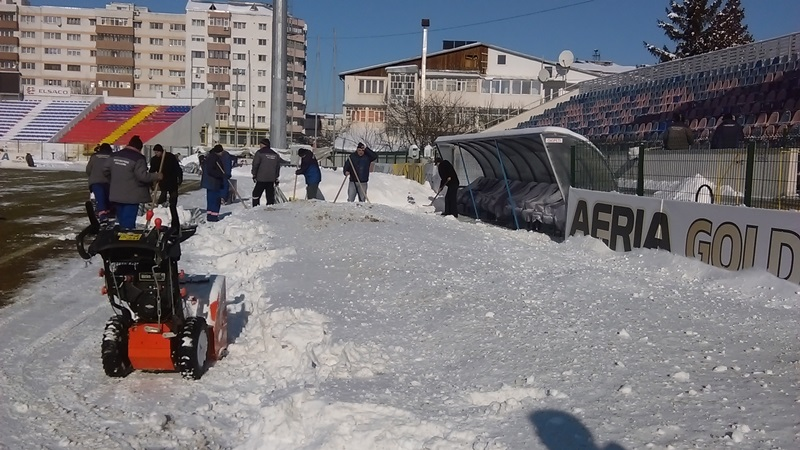 deszapezire teren stadion (15)