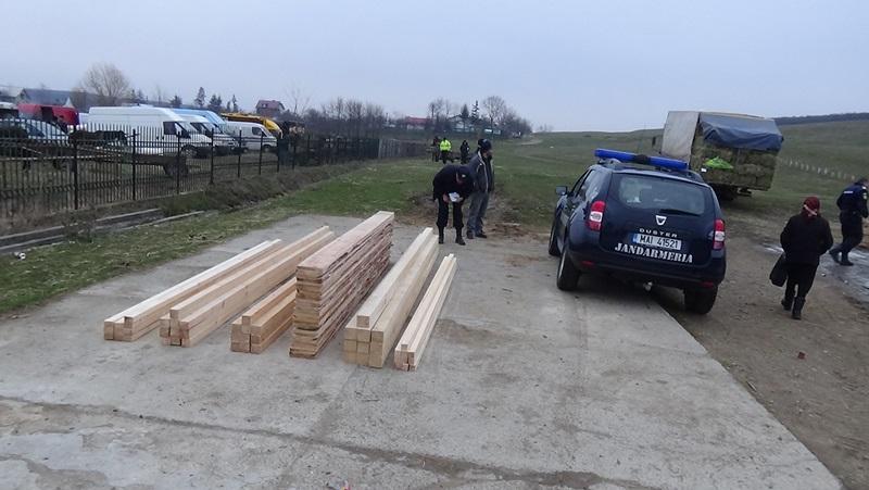 cherestea, jandarmi, lemn (1)