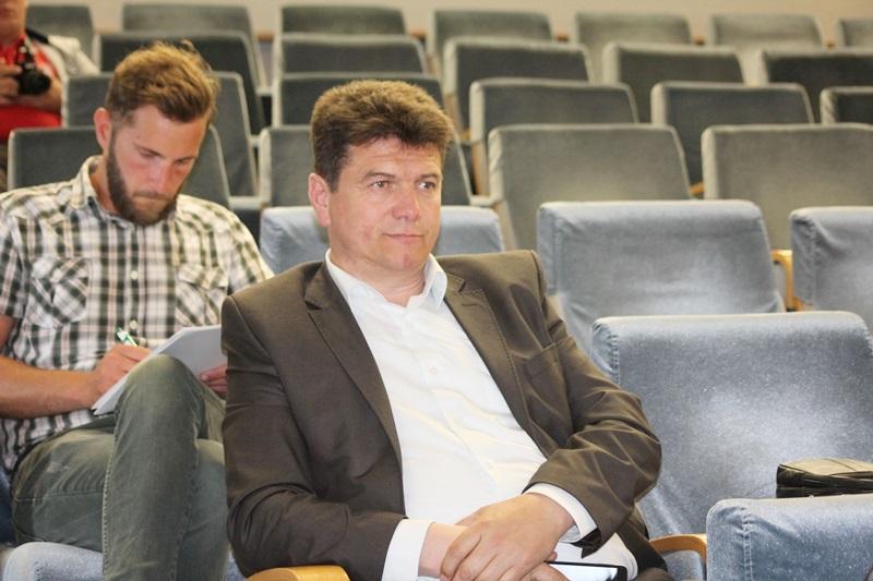 conferinta economie sociala (16)