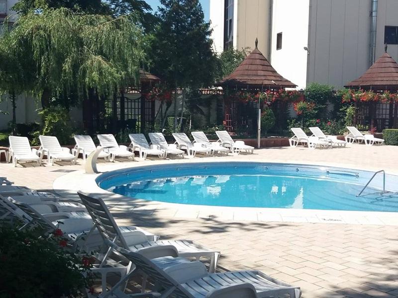 piscina hotel maria2
