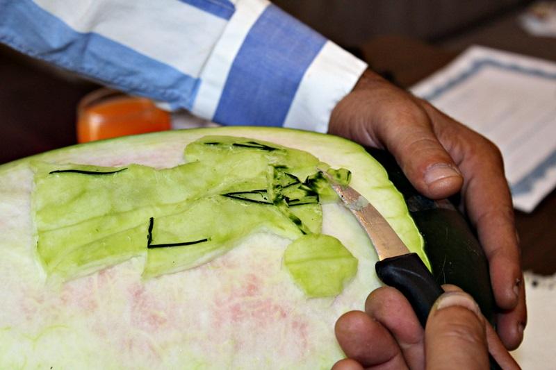 constantin pocai, sculptor in fructe si legume (20)