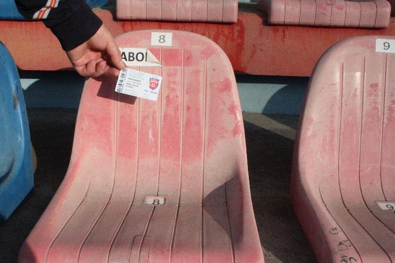 scaune stadion, abonati (3)